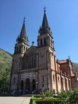 Covadonga, Asturias, Spain, Covadonga Lakes