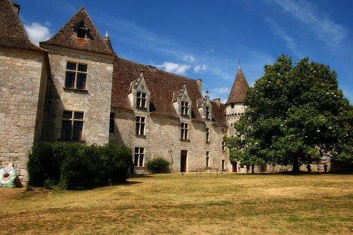 France, Dordogne, Périgord, Castle Bridoire, Castle