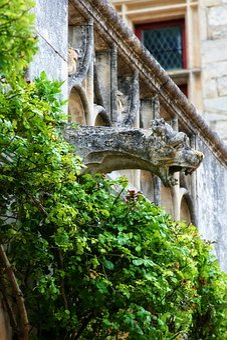 France, Dordogne, Périgord, The Milandes, Gargoyle