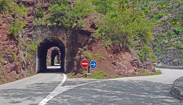 Daluis Gorges, Tunnel, Bypass, Mountain Road, Eng