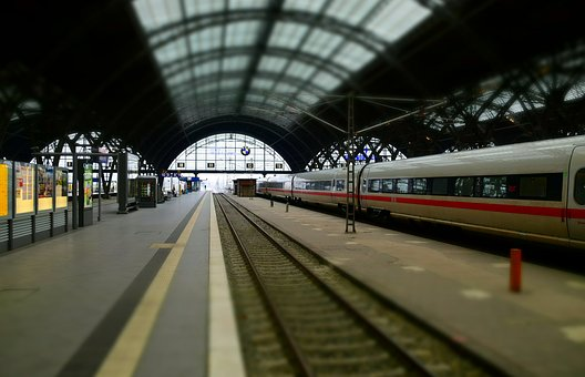 Train, Railway Station, Leipzig, Gleise, Railway Tracks