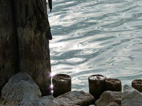 Water, Mirroring, Port, Bollard