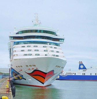 Kiss Mouth, Cruise Ship, Aida, Bella, Port, Gothenburg