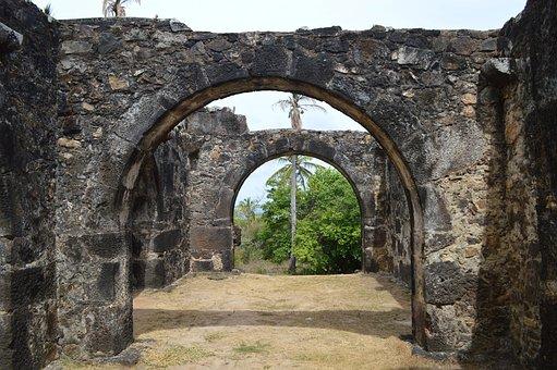 Garcia D ' ávila Castle Arcades, Strong Beach, Bahia