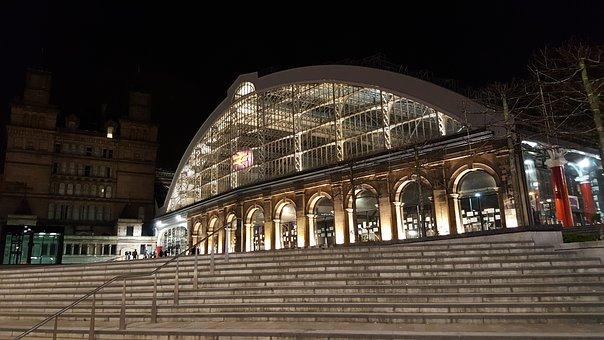 Liverpool, Lime Street, Train Station, Merseyside