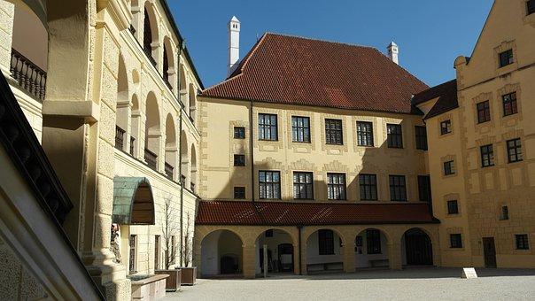 Trausnitz Castle, Landshut, City, Bavaria, Historically