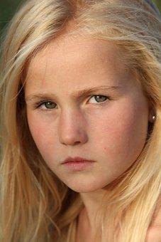 Blonde, Girl, Seriously, Smile, Portrait, Green Eyes