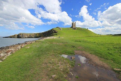 Dunstanburgh Castle, Northumberland, Ruin, England