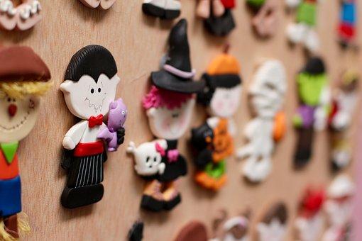 Count Dracula, Figure, Pin