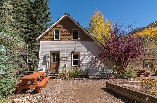 Vail, Colorado, Architecture, Cabin, Picnic Table