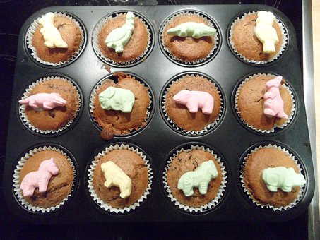 Muffins, Muffin Plate, Baked, Small Cakes