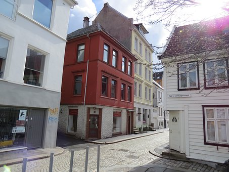 The Road From Bergen Station, Nordic Red House