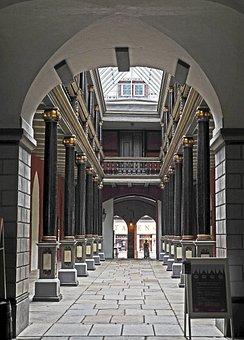 Town Hall, Stralsund, Binnenhof, Wooden Construction