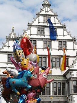 Town Hall, Renaissance, Balloons, Fair, Shana, Ballons