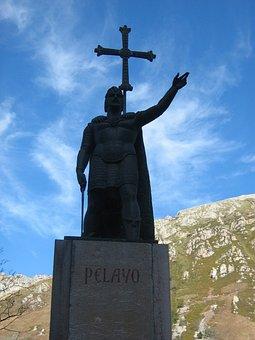 Statue, Covadonga, Pelayo