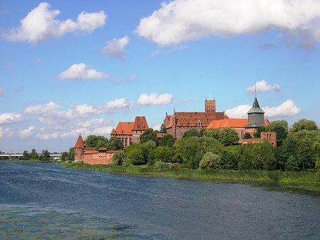 Poland, Castle, Malbork, River, Wisla, Weichsel