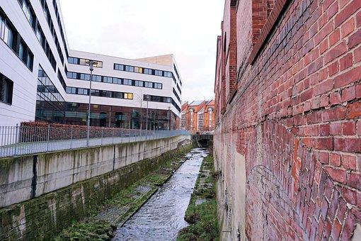Wall, Building, Bricks, Uni Kassel, Kassel, University