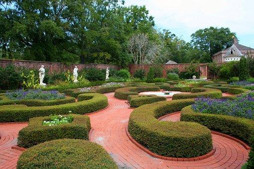 Knot Garden, Formal Garden, Flowers, Herbs, Topiary
