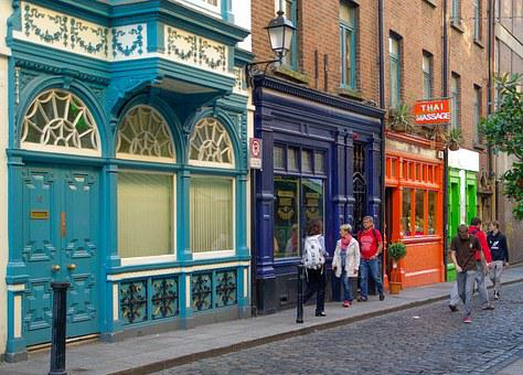 Ireland, Dublin, Temple Bar, Paved Street