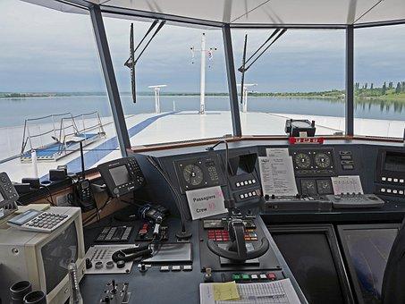 Cruise Ship, Wheelhouse, Captain Considerate, Danube