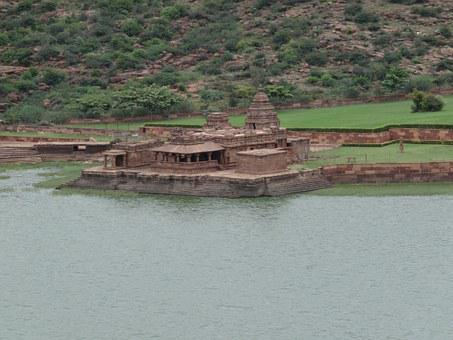 Lake, Agasthya Lake, Temple, Bhuthanatha, Badami