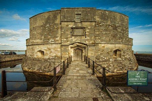 Calshot Castle, Ocean, Monument