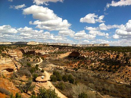 Angel's Canyon, Utah, Rural, Desert, Sky, Mountains