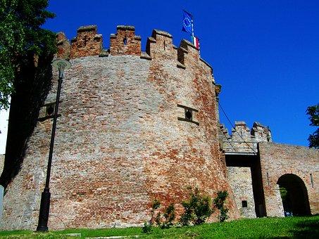 Rook, Siklós Castle, Medieval Architecture