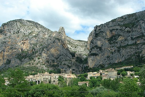 Moutiers Saint Mary, Village, France, Provence