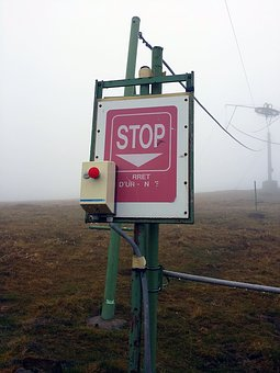 Button, Stop, Fog, Ski Station