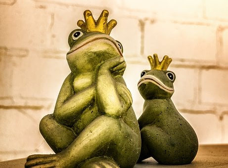 Frog, King, Fig, Crown, Frog Prince, Fairy Tale, Strike