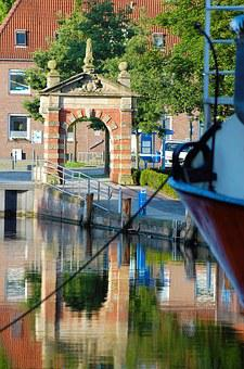Port Gate, Emden Harbour Gate, Places Of Interest