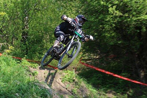 Professional Road Racing Cyclist, Jump, Games, Helmet