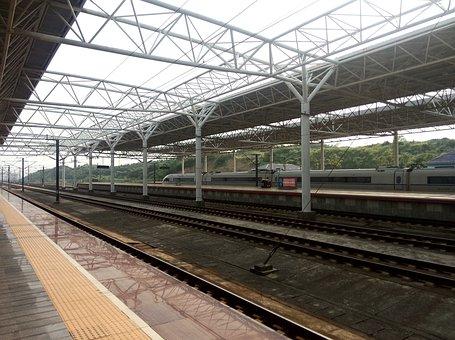 High Speed Rail, Tracks, Distance