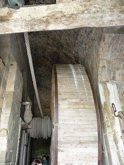 Zugbrunnen, Wooden Wheel, Well Shaft