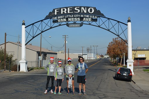Fresno, Running, Christmas