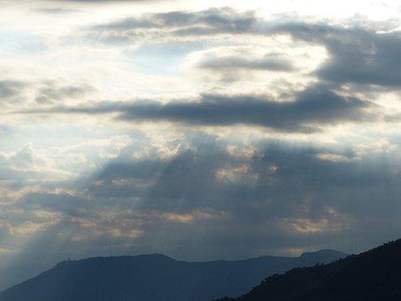 Clouds, Sunbeam, Sun, Hidden, Covered, Gloomy, Weird