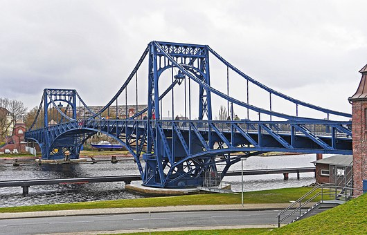 Kaiser Wilhelm Bridge, Wilhelmshaven, Port Area