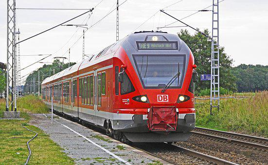 Regional Train, Rail- Cars, Platform, Deutsche Bahn