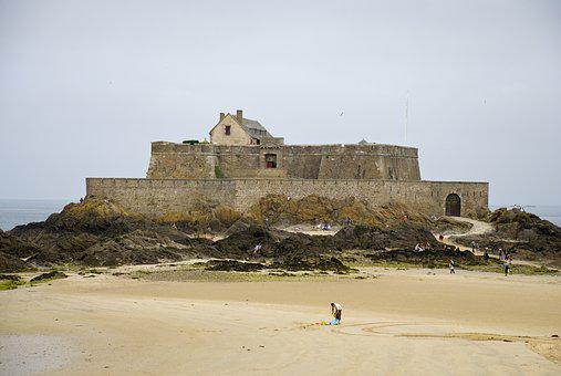 St Malo, France, Brittany, Pirates, Curtain Wall