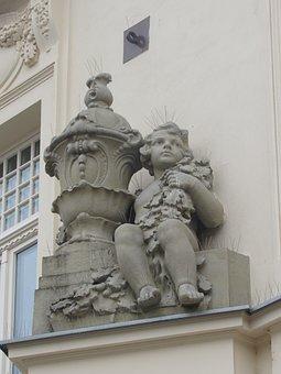 Banska Bystrica, Center, Slovakia, Statue