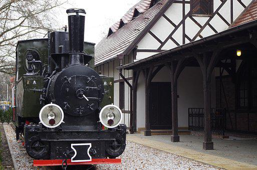 Historic Steam Engine, Narrow-gauge Railway, History