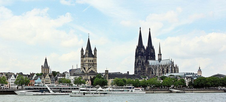 Cologne Cathedral, Great St Martin Church, Old Town