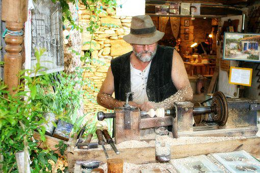 France, Dordogne, Périgord, Carpenter, Hat