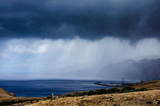 Madeira, Sea, Dark Clouds, Rain, Rain Over The Ocean