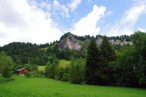 Alps, Savoie, Saint-nicolas-de-la-chapel, Mountain