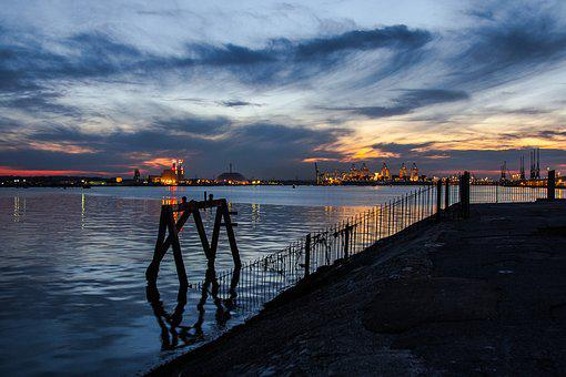 Port, Water, Southampton, In The Evening, England