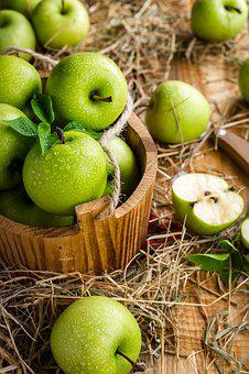 Apples, Apple, Fruit, Table, Summer, Harvest, Ripe