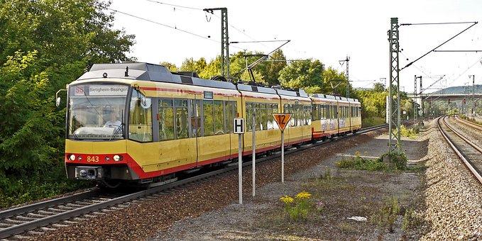 Tram, Railroad Trasse, Regionatverkehr, Avg
