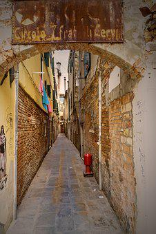Backyard, Road, Old Town, Architecture, Alley, Input